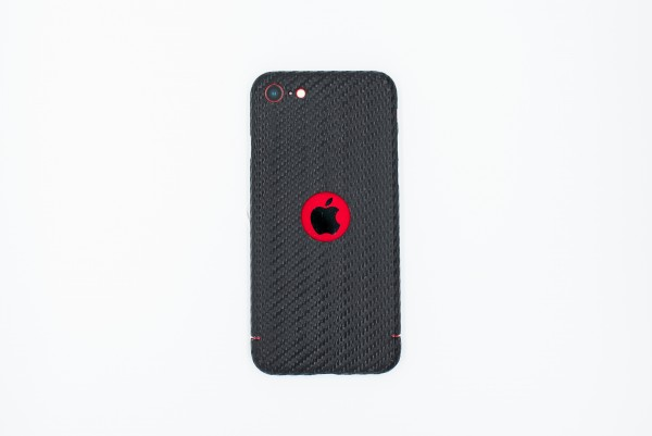 Carbon Cover iPhone SE 2020 mit Logo Window